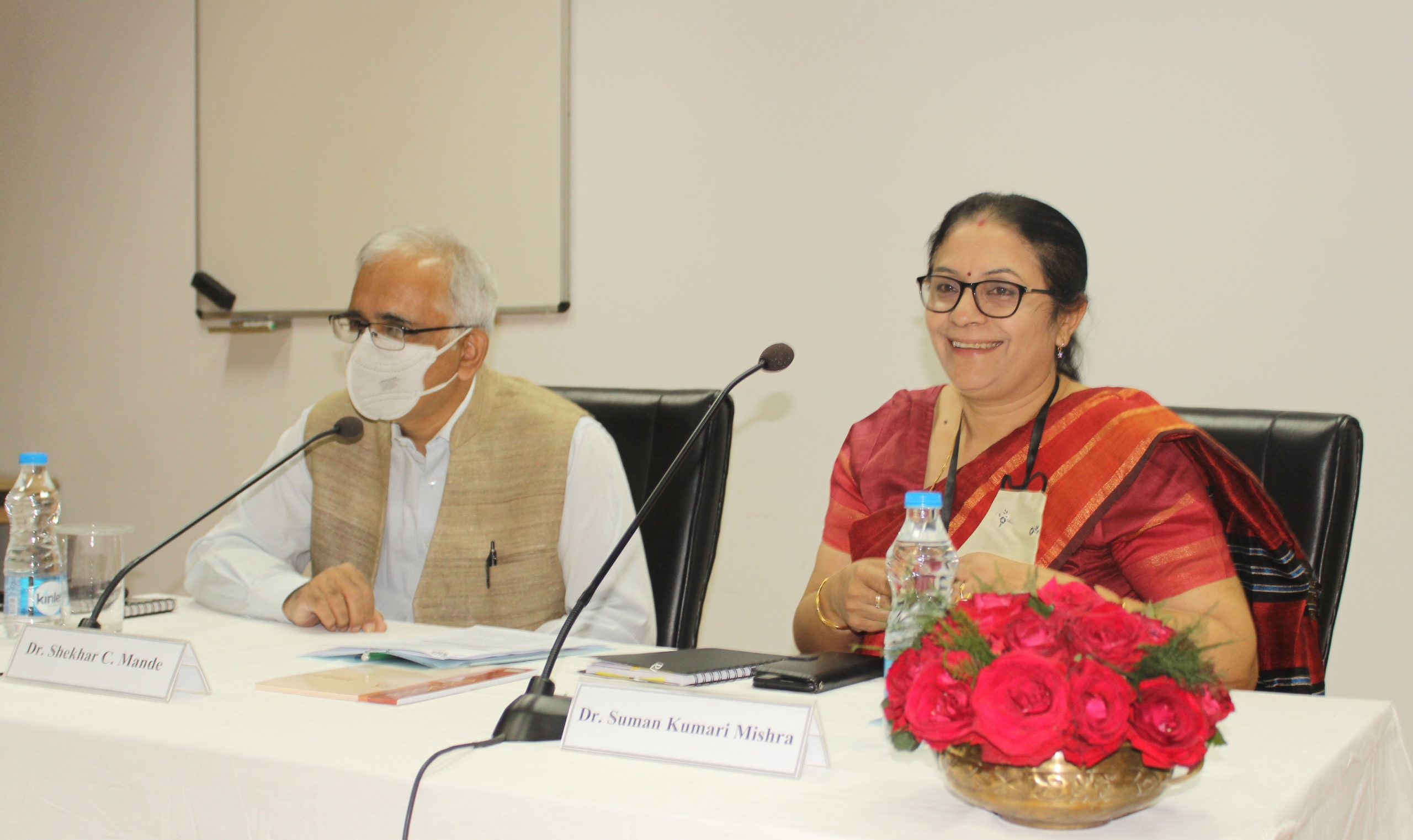 DG CSIR interacts with the Staff and Students of the Institute
