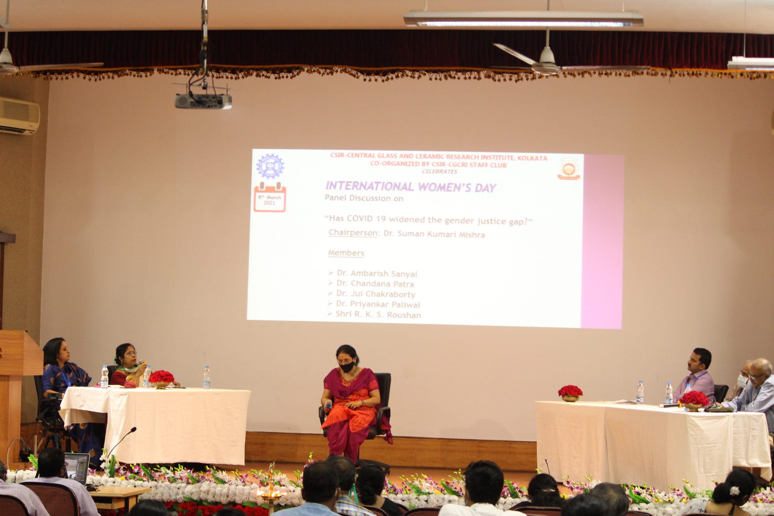 Panel discussion. Clockwise from left. Dr Jui Chakraborty, Dr Chandana Patra, Dr Suman K. Mishra (Director), Dr Ambarish Sanyal, Dr Priyankar Paliawal and Shri Rajesh Kumar Singh Roushan.