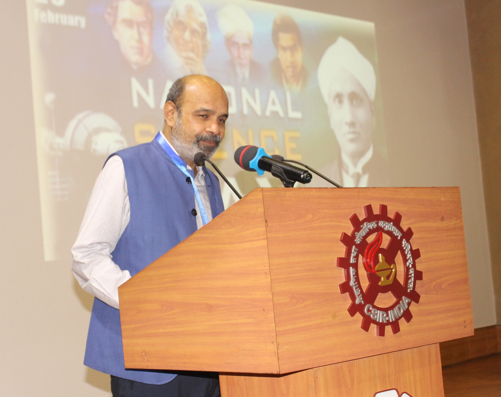 Welcome address by Dr. K. Muraleedharan, Director,CSIR-CGCRI